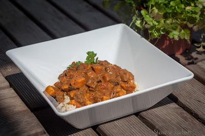 Wegetariańskie curry z bakłażanem i batatem