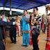 Hadiri Pesta Gotilon HKBP, Bupati Bintan Bersama Istrinya Dihadiahi Kain Ulos