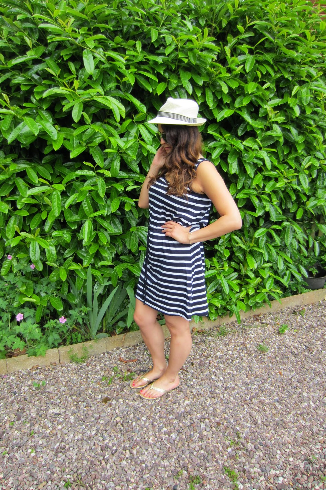 56376d1a341 Navy stripe dress - George    Gold sandals - New Look    Triangle necklace  - Primark    Panama Hat - Primark    Aviator sunglasses - H M