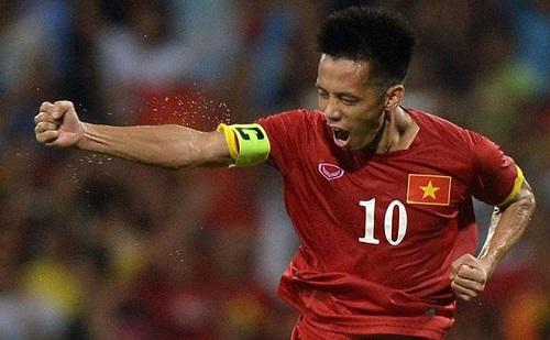 Văn Quyết vẫn là ngôi sao hàng đầu của bóng đá Việt nam