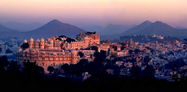 City Palace Complex, Heritage Sites in Udaipur, Heritage of India, Udaipur Tourist Attractions, Udaipur Tourism, Udaipur Tourist Information, Visit Udaipur, Places To Visit in Udaipur, Udaipur Tourist Guide