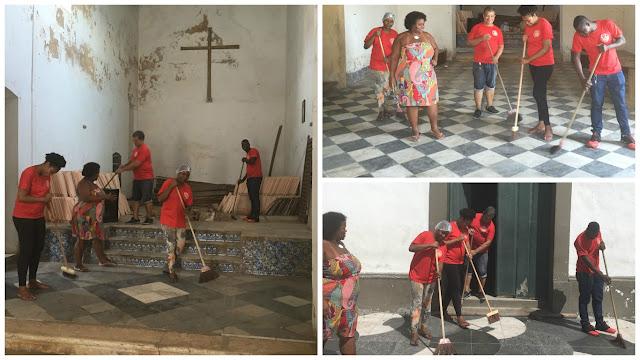 Mutirão de limpeza na Igrejinha de Santana