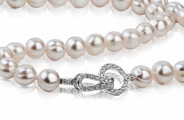 Perlenkönigin Schmuck