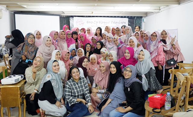 Grand Launching Pekanbaru Beauty Blogger-Tami Oktari