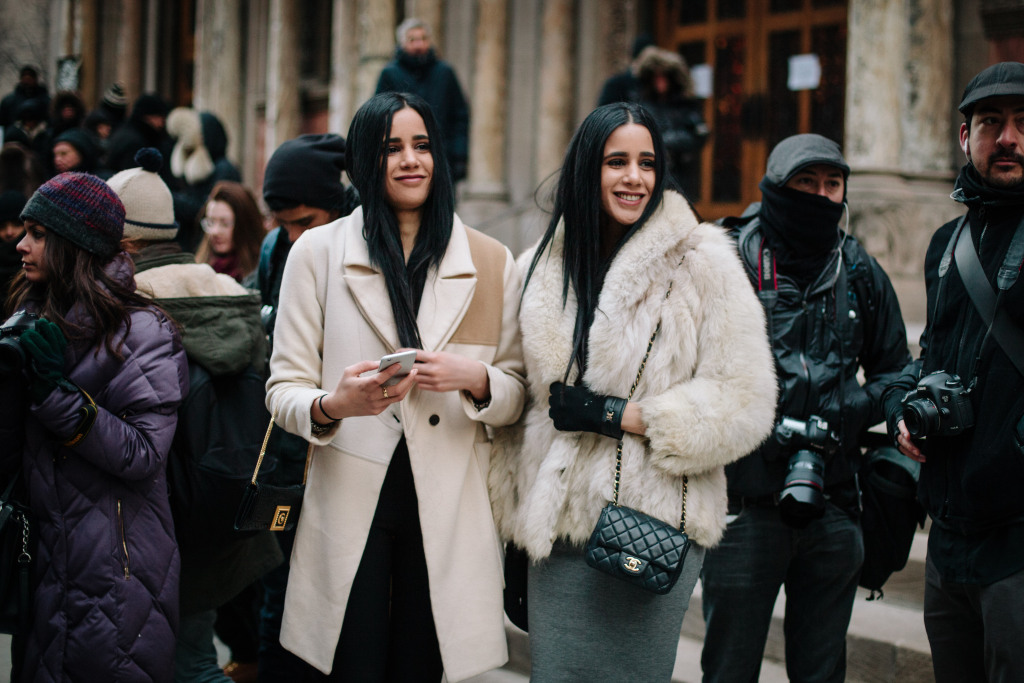 Street Style from New York Fashion Week *Autumn/Winter 2016/2017