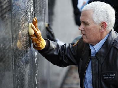 Vice-presidente dos EUA mantém viagem ao Oriente Médio