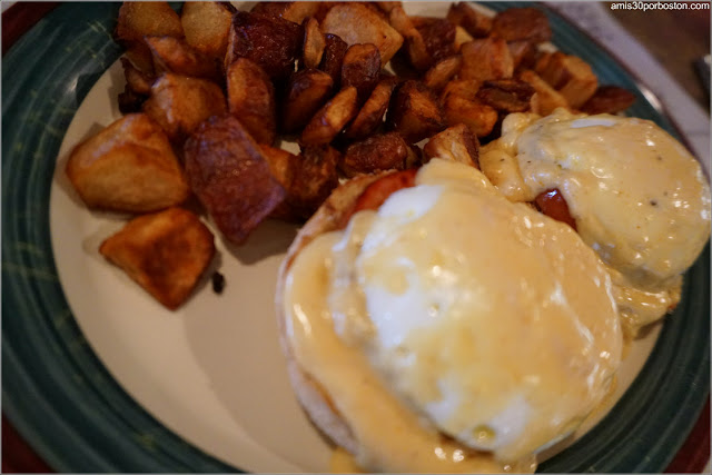 Stuart and John's Sugar House: Eggs Benedict $12.99