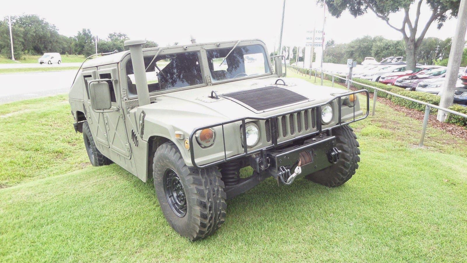 army surplus humvee for autos post. Black Bedroom Furniture Sets. Home Design Ideas