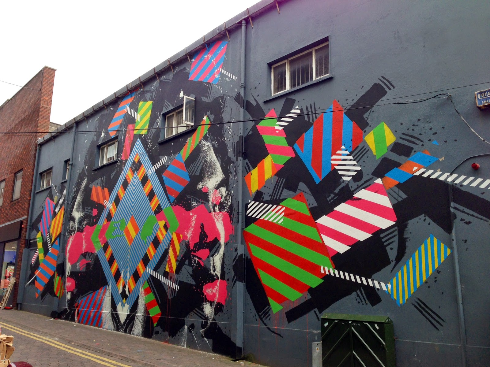 Maser and Askew were also in Ireland where they worked on this new collaboration somewhere on the streets of Limerick for the Draw Out Street Art Festival.