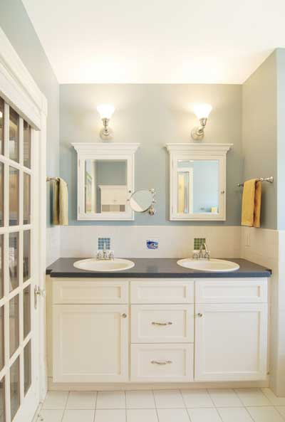 Design classic interior 2012 modern bathroom cabinets for Bathroom designs with white cabinets