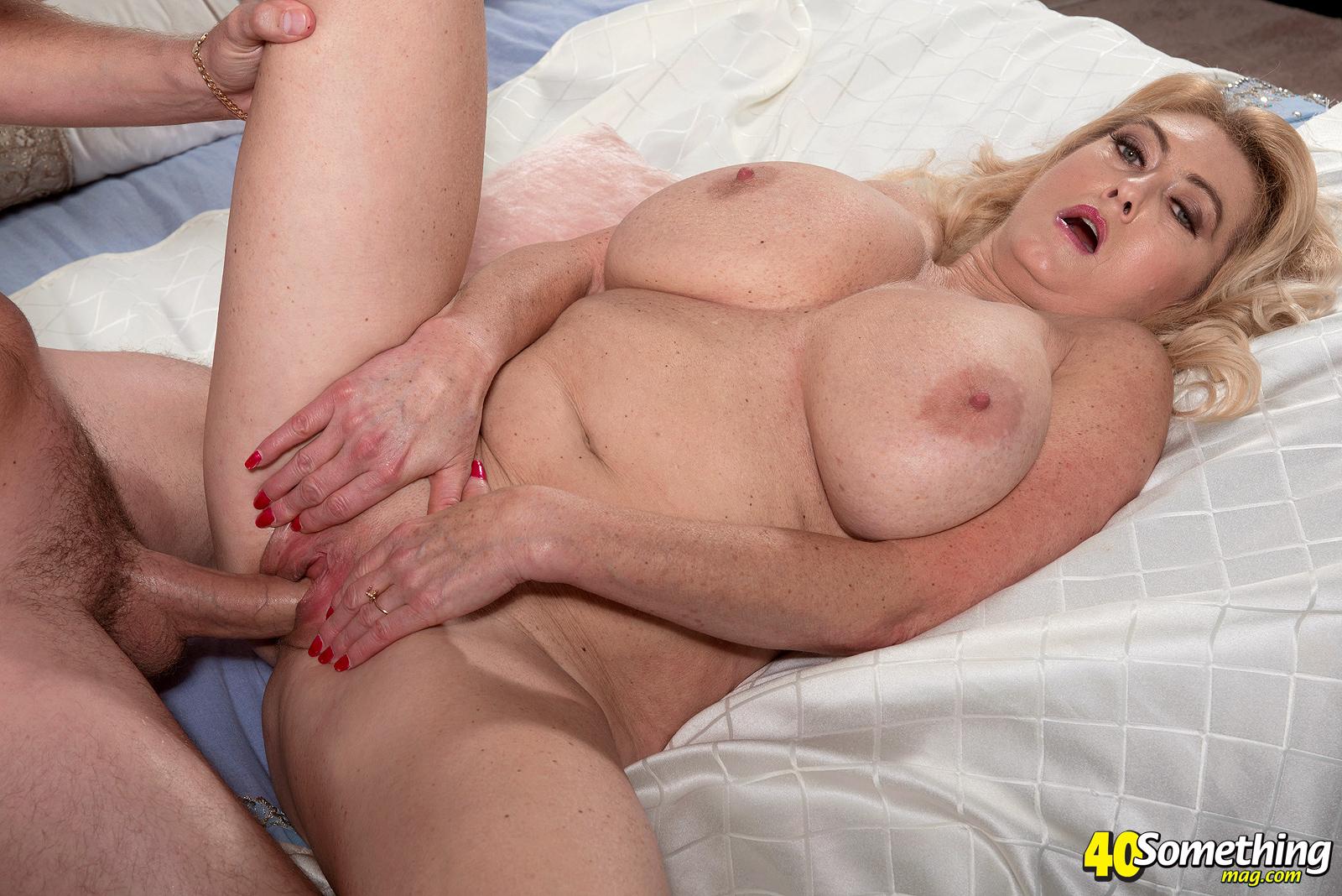 Truly nice tits 2 with krystal de boor - 5 5