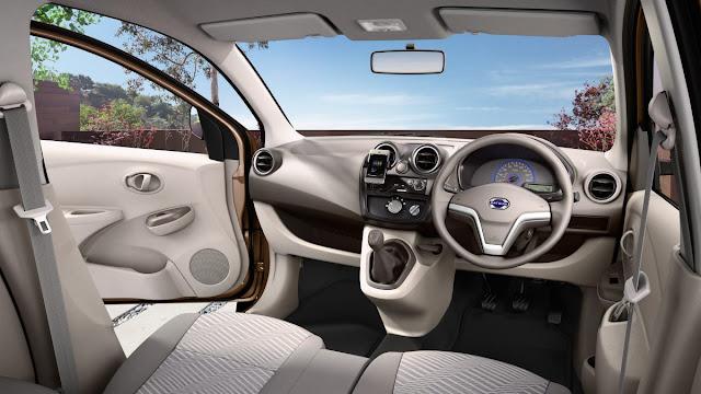 Interior dalam datsun Go Plus