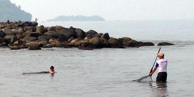 Pantai Padang Berlimpah Rezeki