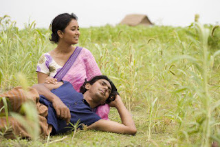 Farhana Mili and Chanchal Chowdhury In Mon Pura Movie