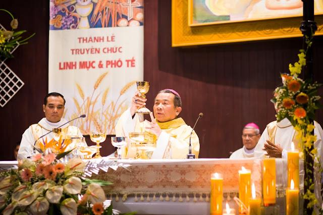 Lễ truyền chức Phó tế và Linh mục tại Giáo phận Lạng Sơn Cao Bằng 27.12.2017 - Ảnh minh hoạ 222