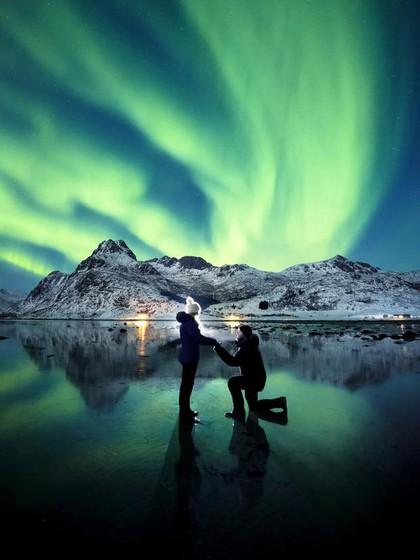 8 Kegiatan Cara Melamar Yang Unik Aneh Serta Romantis