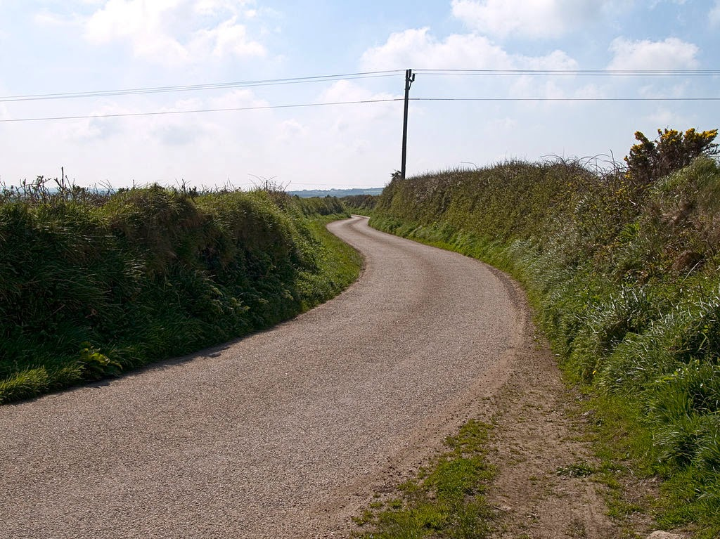 Driving in Cornwall - 5 Roads You Must Drive in Cornwall