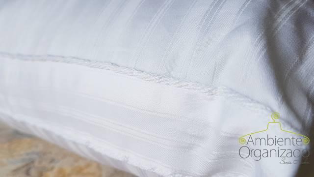Travesseiro branco