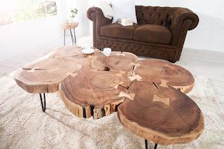 Designovi stolek z akátového dřeva.