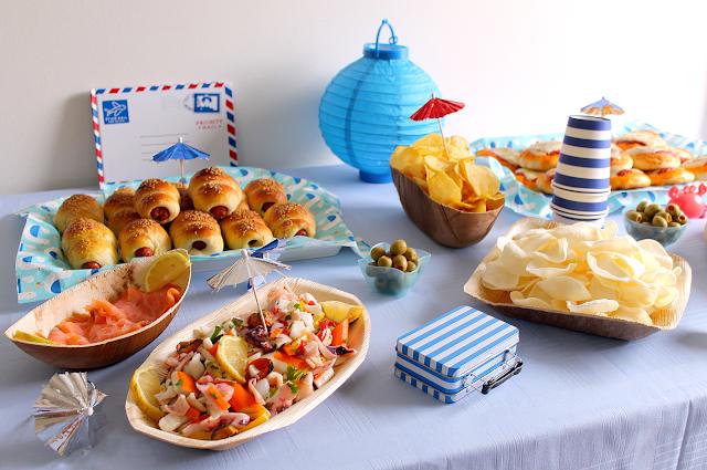 La tavola allegra holiday party buffet a tema per il compleanno