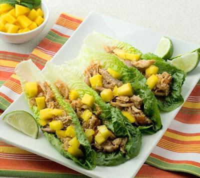 chicken lettuce wraps with mango in the crockpot slow cooker
