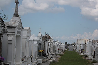 This cemetery is famous as the iconic 1969 movie, Easy Rider that starring dennis hopper and peter fonda. A beautiful 18th century cemetery that design with a dome above ground. All the grave was located above ground vaults. the dome is a tradition of France and Spain to overcome the problem of groundwater