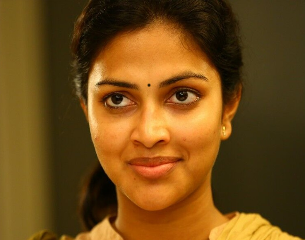 Tollywood Actress Amala Paul Without No Makeup Face Closeup Stills