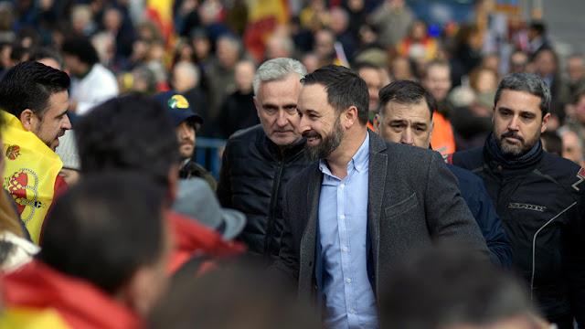 Dos de los generales retirados que defendieron a Franco, candidatos de la ultraderecha en España