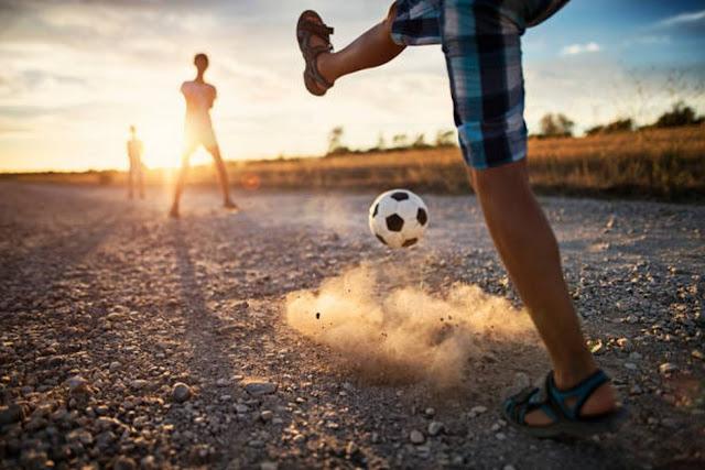 Του δρόμου το ποδόσφαιρο είχε άγραφους νόμους