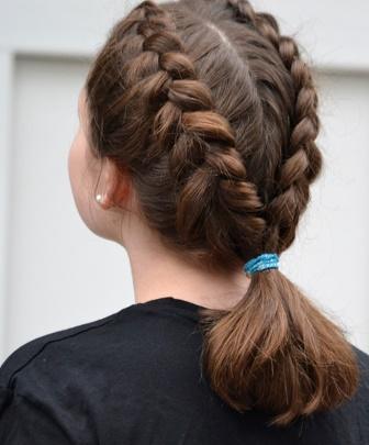 Model Kepang Rambut Pendek Anak Perempuan