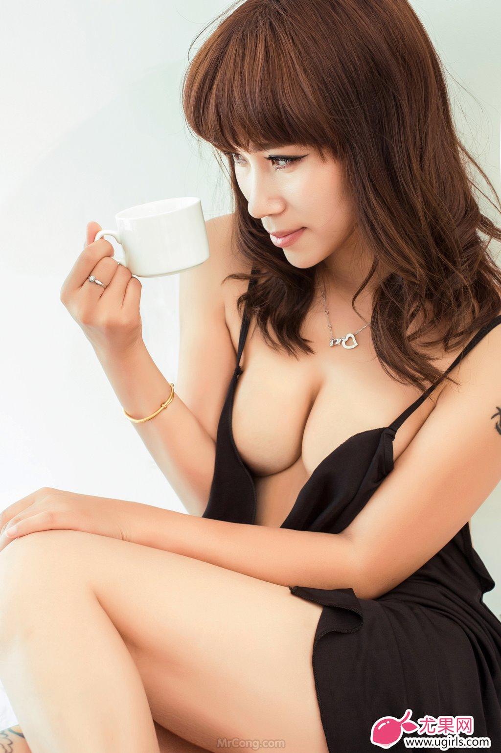 Image MrCong.com-UGIRLS-020-Tian-Yi-Yi-003 in post Người đẹp Tian Yi Yi (田依依) khoe ngực trần sexy trong bộ ảnh UGIRLS 020
