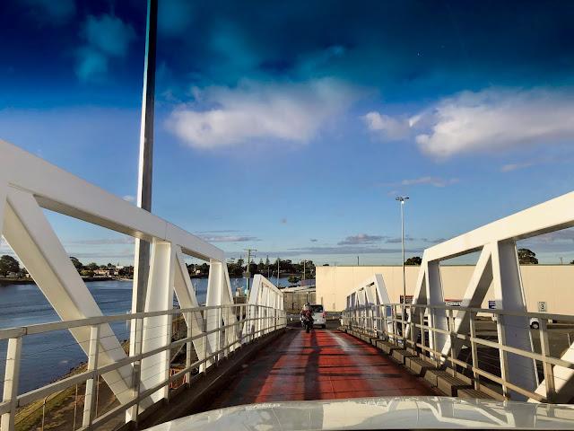 Melbourne to Devonport