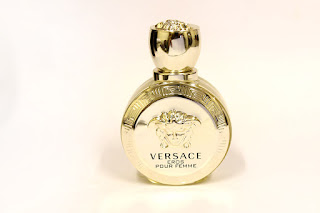 VERSACE Eros Pour Femme, Versace fragrances, Beautiful smell, musky frangrance, perfume reviews, fragrance review, beauty, beauty blog, Versace, fashion, smell nice, jasmine, lemons