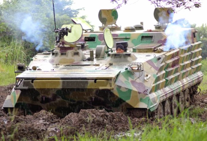 Tank APC Amphibi buatan PT. Wirajayadi Bahari