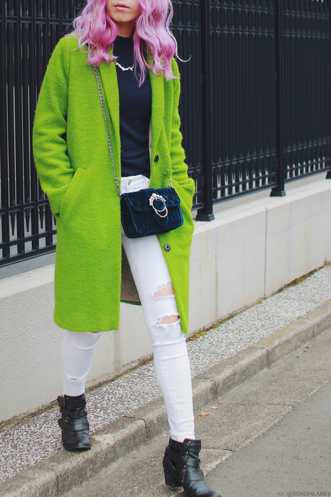 Japanese Fashon Blogger,MizuhoK,20180203OUTFIT,TOPSHOP=right green coat,UNIQLO=navy blue turtle neck,Rakuten=white DIY jeans,SLY LANG=short boots,Sammydress=velvet crossbody,mhd= japan necklace