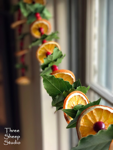 Orange, Cranberry and Bay Leaf Garland - ThreeSheepStudio.com