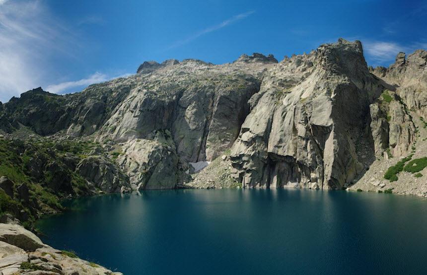 Những hồ nước quyến rũ nhất nước Pháp -8