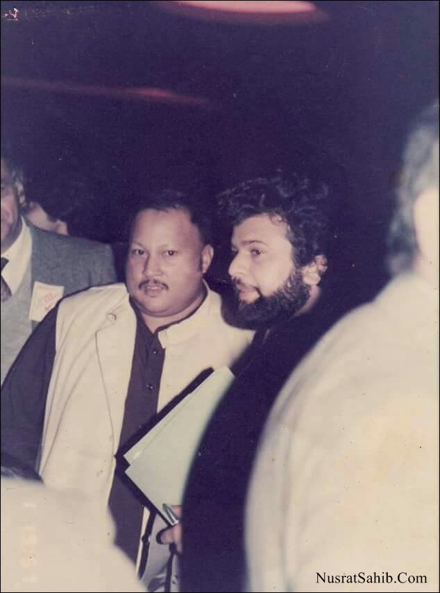 Nusrat Fateh Ali Khan and Hans Raj Hans during Kachche Dhaage Songs Recording | NusratSahib.Com