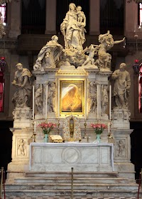 Santa Maria della Salute: Further Evidence of the Symbolic and Liturgical Power of Antependia