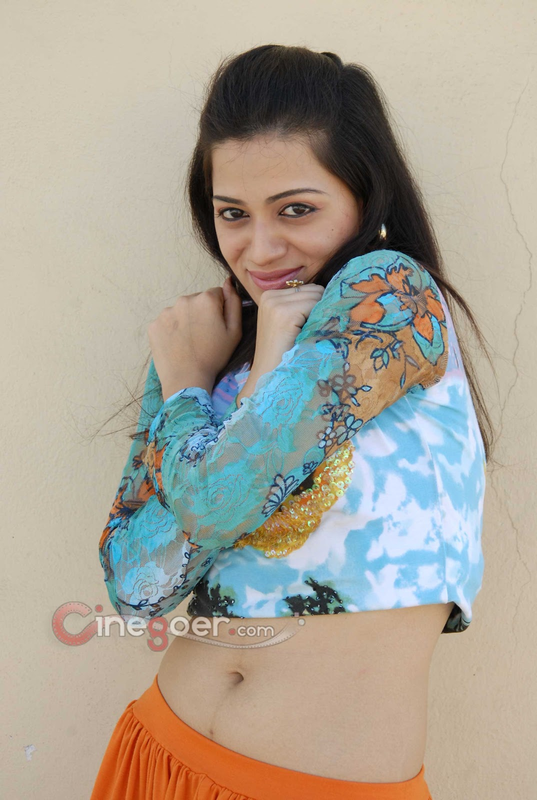 CINEGOER PICS: Reshma Hot HD Stills, Reshma HQ Wallpapers