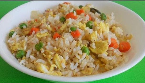 Resep Nasi Goreng Putih Untuk 1 Porsi Enak