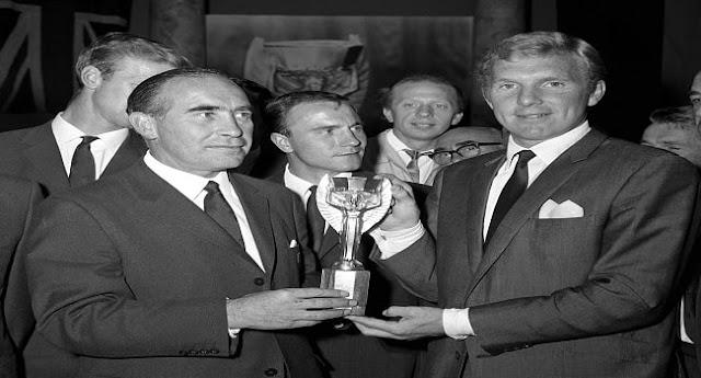 Dünya Kupası'nı Kazanan Teknik Direktörler - Alf Ramsey - Kurgu Gücü