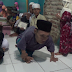Ustadz Ini Berjalanan Meski Merangkak untuk Mengajarkan Al-Qur'an