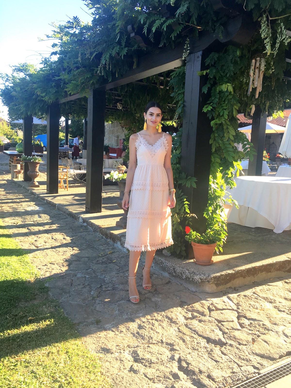 peexo summer wedding guest