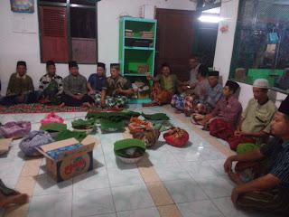 Budaya Kupatan Malam Nisfu Sya`ban Di Dukuh Ngrayung Bangilan