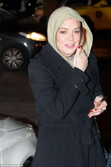 Lindsay Lohan Mendalami Ilmu Agama Islam