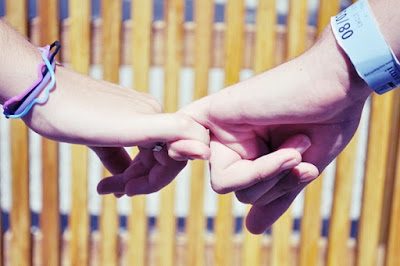Sweet Happy Promise Day Shayari for Girlfriend & Boyfriend