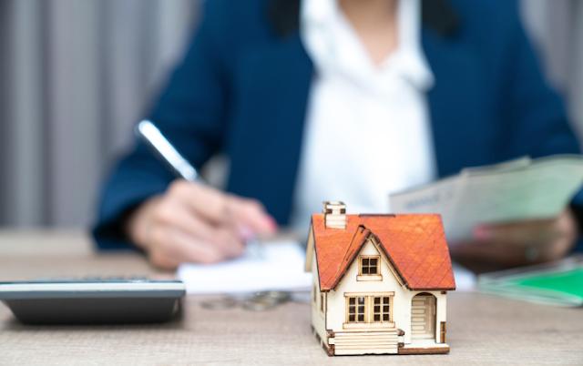 jual rumah via broker