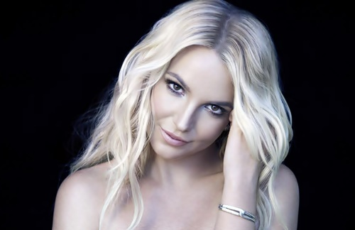 Britney Spears - Womenizer