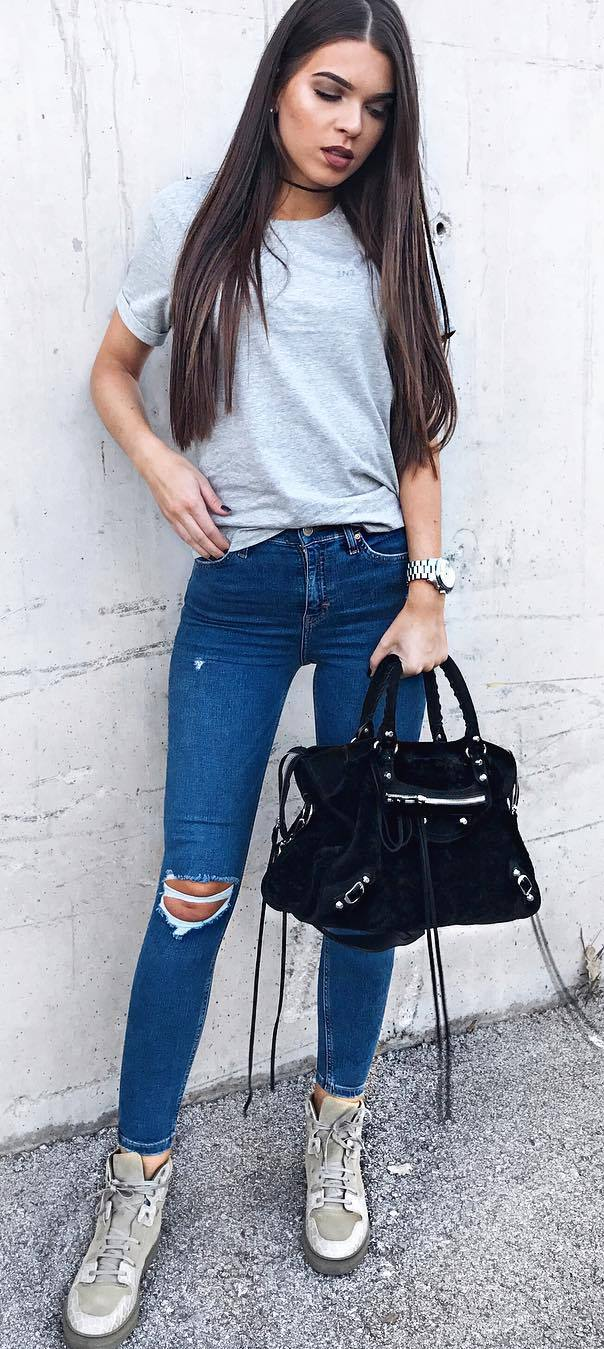 trendy outfit idea: top + bag + ripped jeans